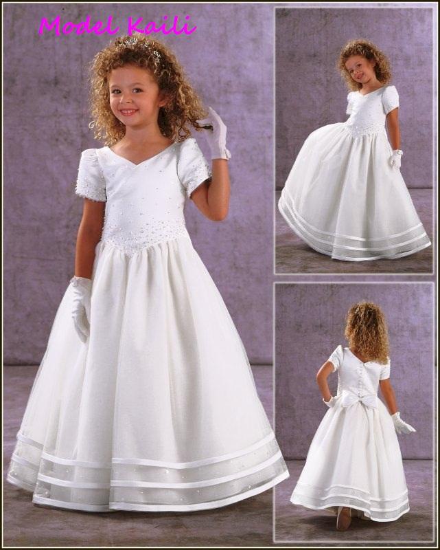 cca1619f24 Sukienka komunijna model Kaili uszyta z najwyższej jakości atłasu i  jedwabnej organzy